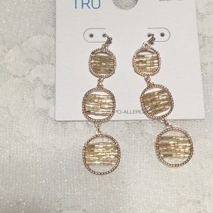 Jewelry - Long 3 Circle Dangle Goldtone Earrings